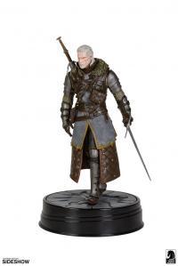 Gallery Image of Geralt Grandmaster Ursine Figure