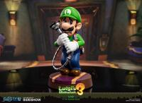 Gallery Image of Luigi Statue