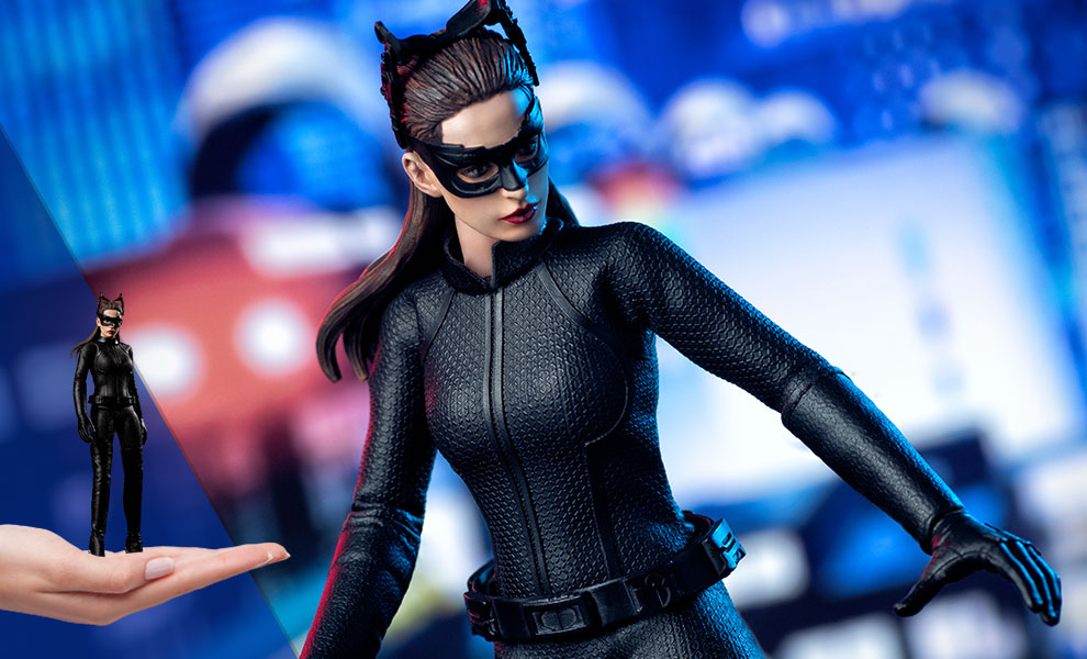 Gallery Feature Image of Catwoman Action Figure - Click to open image gallery