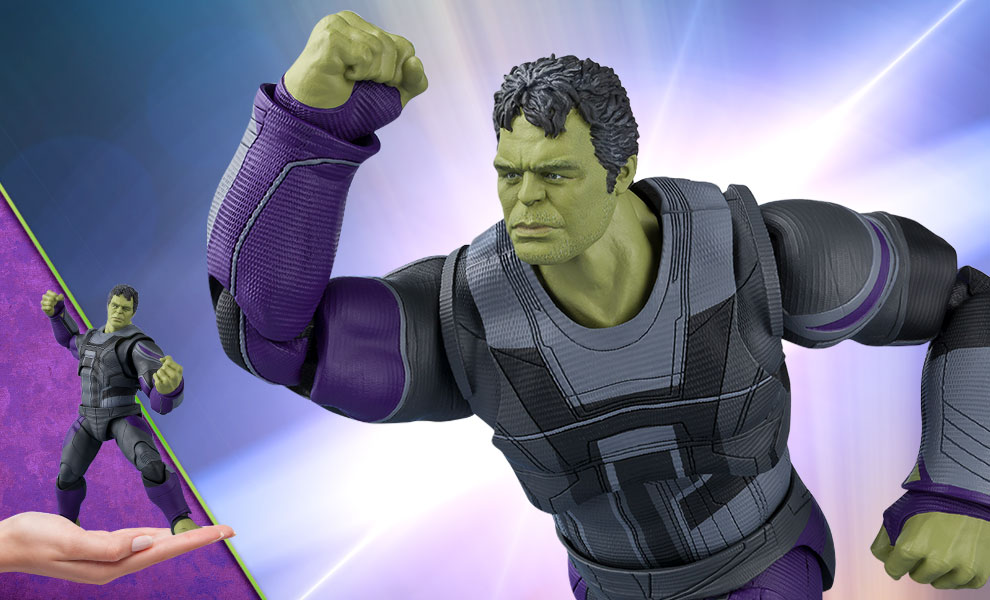 Gallery Feature Image of Hulk (Endgame Version) Collectible Figure - Click to open image gallery