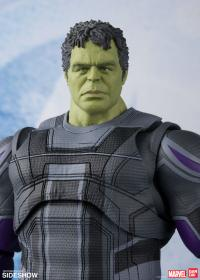 Gallery Image of Hulk (Endgame Version) Collectible Figure
