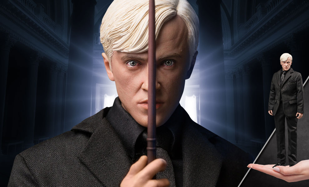 Gallery Feature Image of Draco Malfoy (Teenage Suit Version) Sixth Scale Figure - Click to open image gallery