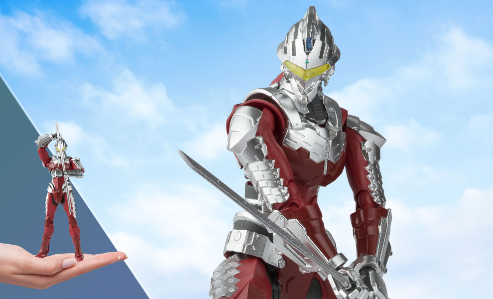 Gallery Feature Image of Ultraman (Suit Version 7) Figure - Click to open image gallery