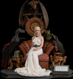 Daenerys Targaryen, Mother of Dragons Statue