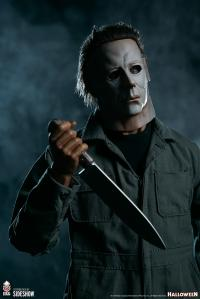 Gallery Image of Michael Myers Statue
