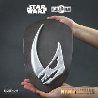 Gallery Image of Mudhorn Signet Plaque Statue