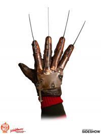 Gallery Image of Freddy Krueger Deluxe Glove (Freddy's Revenge) Prop