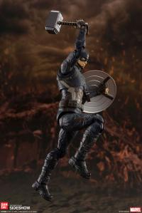 Gallery Image of Captain America (Final Battle Version) Collectible Figure