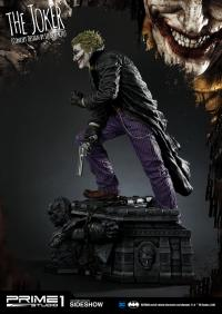 Gallery Image of The Joker (Concept Design by Lee Bermejo) Statue