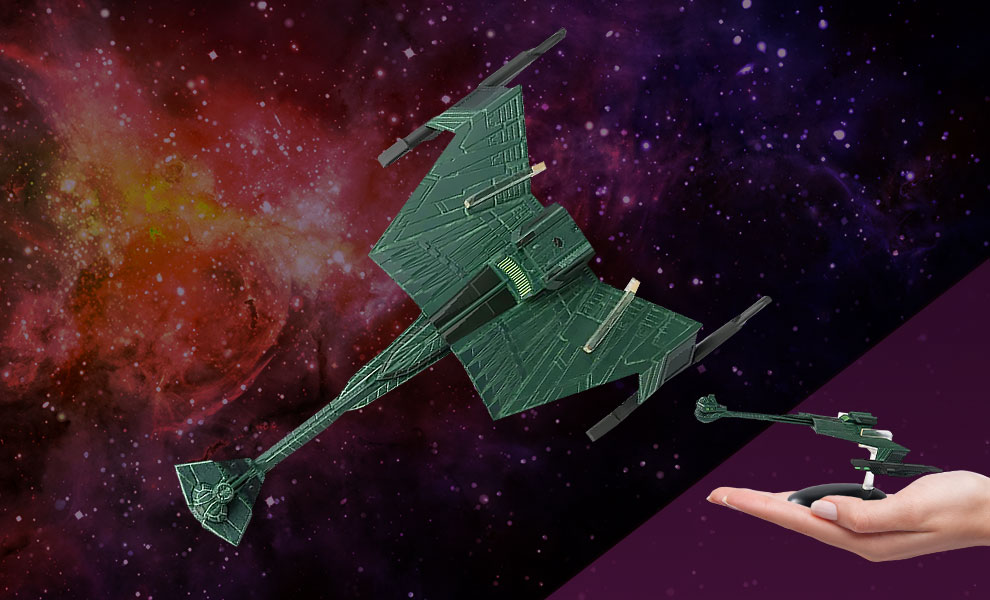 Gallery Feature Image of Klingon D7-Class Battle Cruiser Model - Click to open image gallery