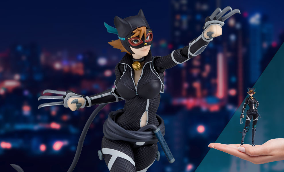 Gallery Feature Image of Catwoman (Ninja Version) Figma Collectible Figure - Click to open image gallery