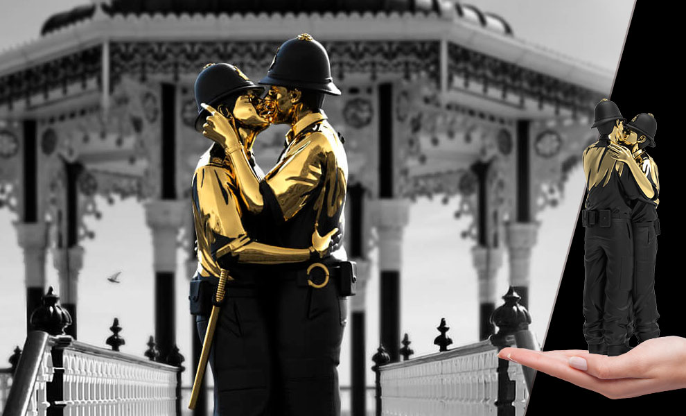 Gallery Feature Image of Kissing Coppers (Gold Rush Edition) Polystone Statue - Click to open image gallery