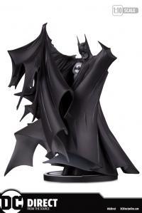Gallery Image of Batman (Deluxe 2.0) Statue