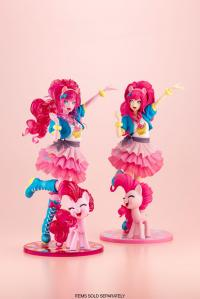 Gallery Image of Pinkie Pie (Limited Edition) Statue