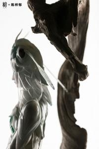 Gallery Image of White Cicada Statue