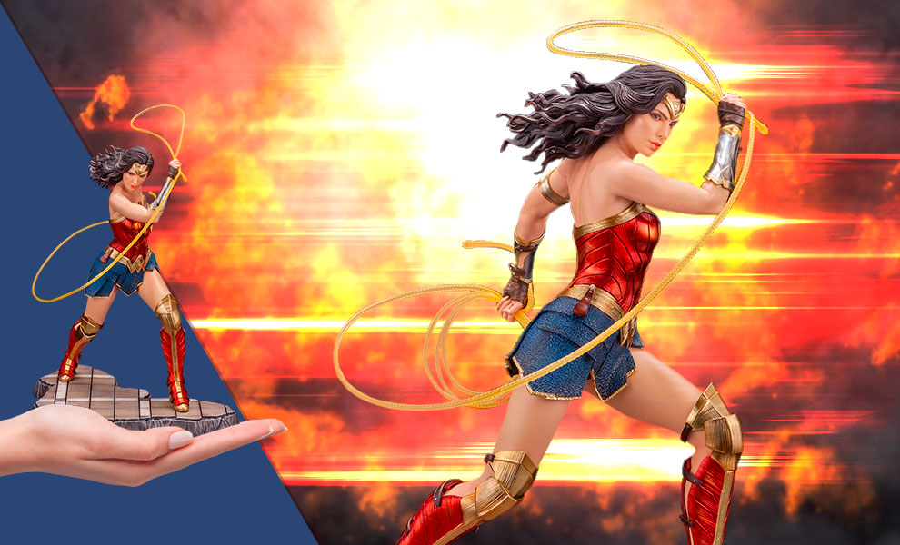 Gallery Feature Image of Wonder Woman (1984) Statue - Click to open image gallery