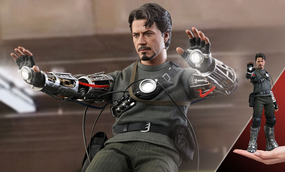 Gallery Feature Image of Tony Stark (Mech Test Version) Sixth Scale Figure - Click to open image gallery