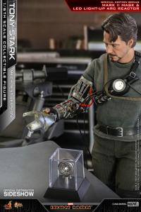 Gallery Image of Tony Stark (Mech Test Version - Special Edition) Sixth Scale Figure