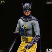 Gallery Image of Batman Deluxe 1:10 Scale Statue