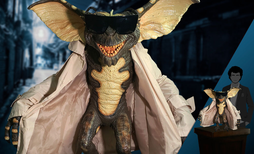 Gallery Feature Image of Flasher Gremlin Prop Replica - Click to open image gallery