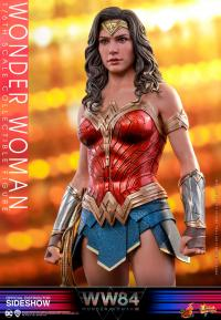 Gallery Image of Wonder Woman (Special Edition) Sixth Scale Figure