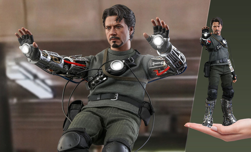 Gallery Feature Image of Tony Stark (Mech Test Deluxe Version) Sixth Scale Figure - Click to open image gallery