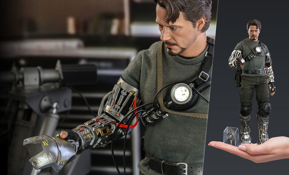 Gallery Feature Image of Tony Stark (Mech Test Deluxe Version - Special Edition) Sixth Scale Figure - Click to open image gallery