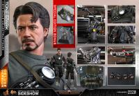 Gallery Image of Tony Stark (Mech Test Deluxe Version - Special Edition) Sixth Scale Figure