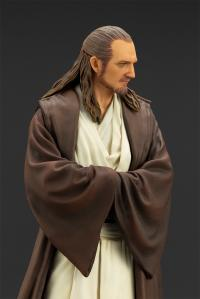 Gallery Image of Qui-Gon Jinn 1:10 Scale Statue