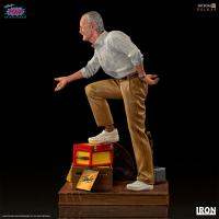 Gallery Image of Stan Lee Deluxe 1:10 Scale Statue