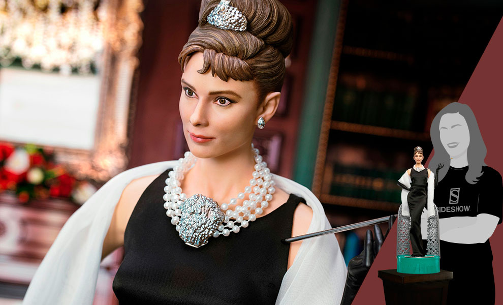Gallery Feature Image of Audrey Hepburn as Holly Golightly Statue - Click to open image gallery