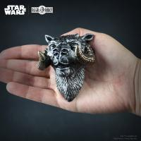 Gallery Image of Han Solo's Tauntaun Magnet Office Supplies
