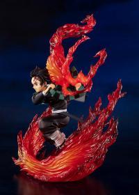 Gallery Image of Kamado Tanjiro (Hinokami Kagura) Collectible Figure