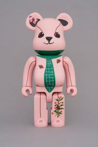 Gallery Image of Be@rbrick Nathalie Lété Ours a la cravate 400% Collectible Figure