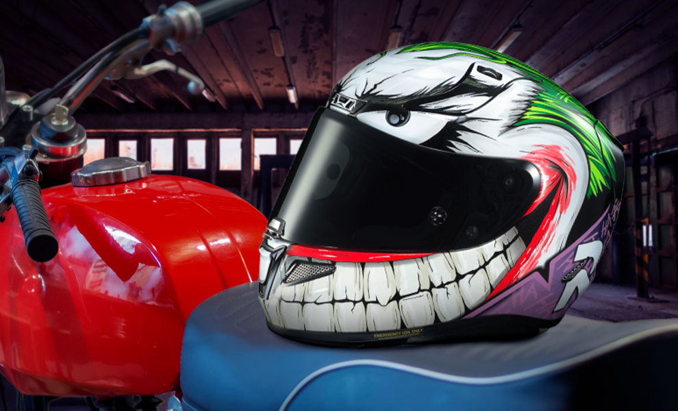Gallery Feature Image of The Joker HJC RPHA 11 Pro Helmet - Click to open image gallery