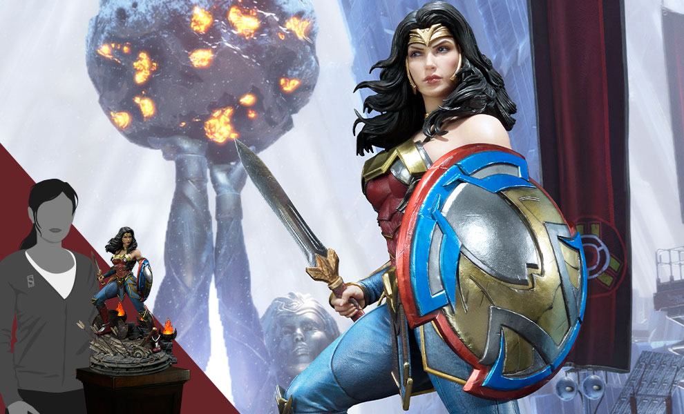 Gallery Feature Image of Wonder Woman Statue - Click to open image gallery