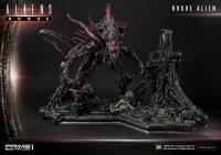 Gallery Image of Rogue Alien Battle Diorama