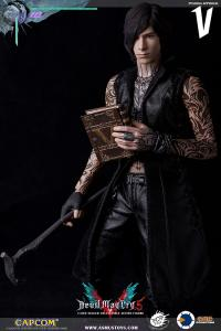 Gallery Image of V Sixth Scale Figure