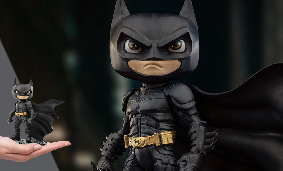 Gallery Feature Image of Batman (The Dark Knight) Mini Co. Collectible Figure - Click to open image gallery