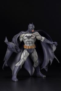 Gallery Image of Batman (Hush) Statue