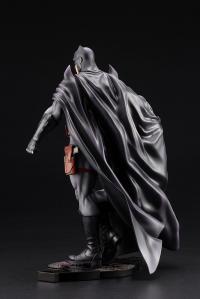 Gallery Image of Batman Thomas Wayne Statue