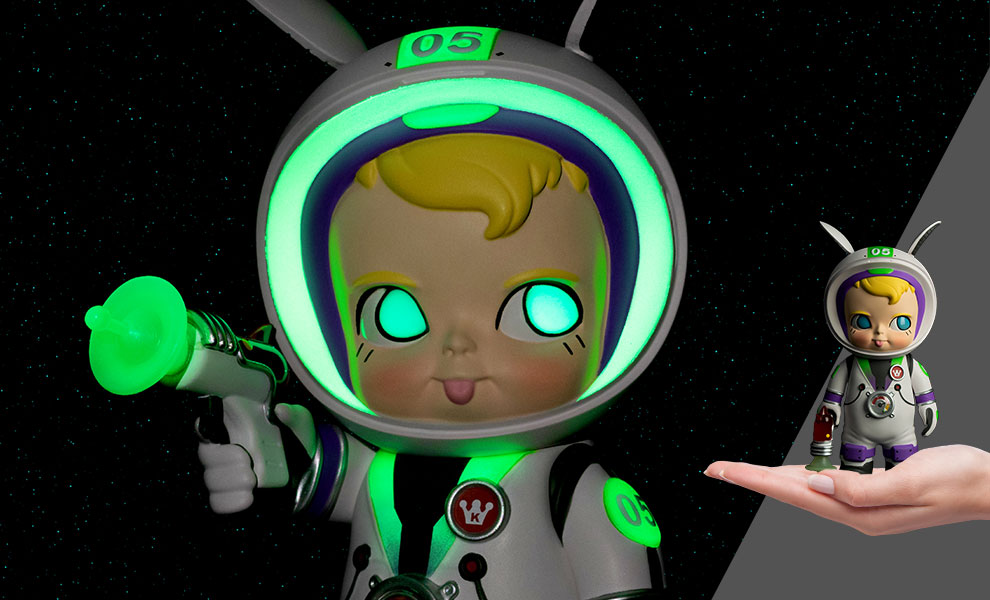 Gallery Feature Image of Sam Sam the Astronaut (GID Edition) Collectible Figure - Click to open image gallery