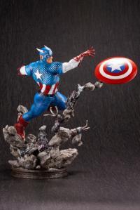 Gallery Image of Captain America Statue