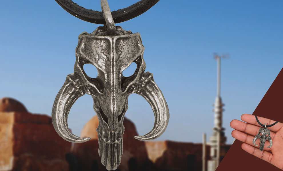 Gallery Feature Image of The Mandalorian Mythosaur Pendant Replica - Click to open image gallery