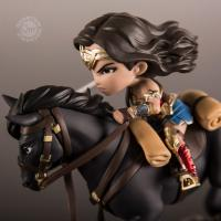 Gallery Image of Wonder Woman Q-Fig MAX Collectible Figure