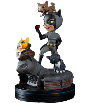 Catwoman Q-Fig Elite Collectible Figure