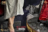 Gallery Image of Bela Lugosi as Dracula Statue