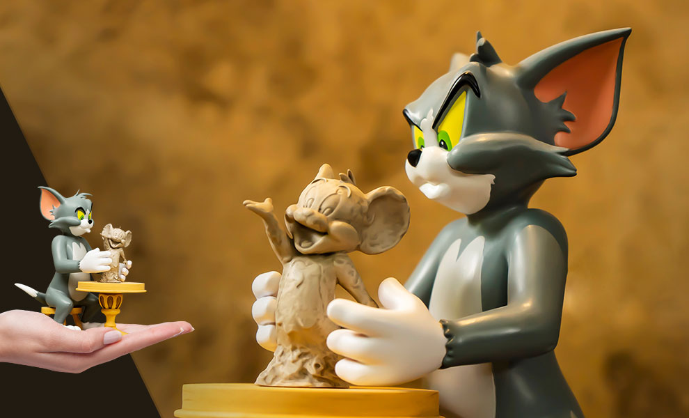 Gallery Feature Image of Tom and Jerry - The Sculptor Statue - Click to open image gallery