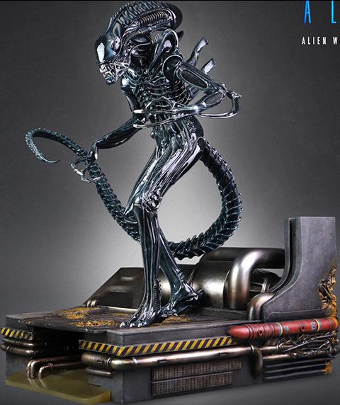 CoolProps Alien Warrior Maquette