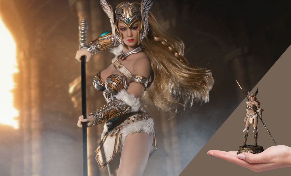 Gallery Feature Image of Tariah the Valkyrie (Silver) Action Figure - Click to open image gallery